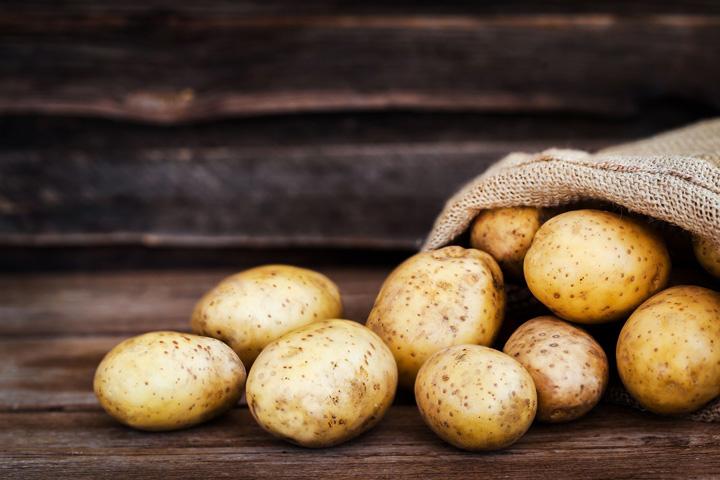 Τι πρέπει να γνωρίζετε για τις πατάτες που προορίζονται για μακροχρόνια συντήρηση σε ψυκτικούς θαλάμους